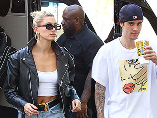 Justin And Hailey Are (Road) Trippin'!
