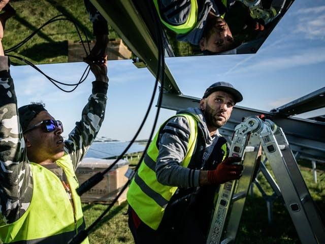 Gemeenten hebben zorgen over geldstromen in zonne-industrie