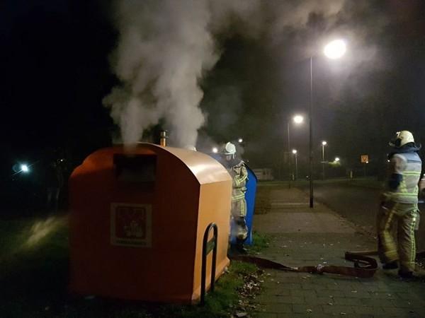 Brandweer rukt uit voor containerbrand in Hengelo