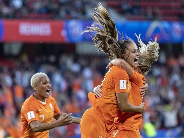Het ging niet makkelijk, maar Nederland wint opnieuw