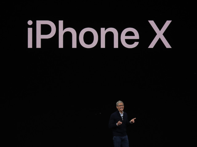 iCan't: Apple Reveals iPhone X Featuring Face ID And Twitter Is As Shady And Scammy As Ever