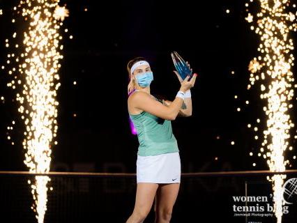Aryna Sabalenka surges past Victoria Azarenka to win Ostrava title