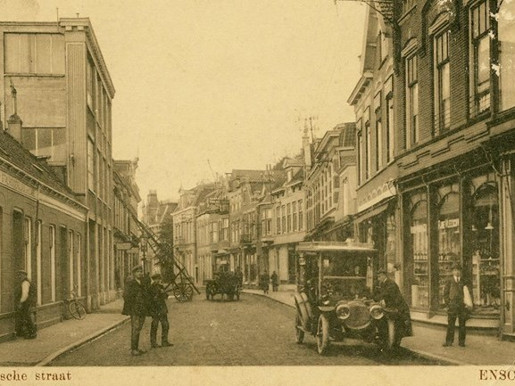 Bijzondere ansichtkaarten Eerste Wereldoorlog van Enschedeër Jan Jansen te zien in bieb Enschede