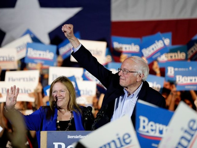 Bernie Sanders kan voorlopig lachen