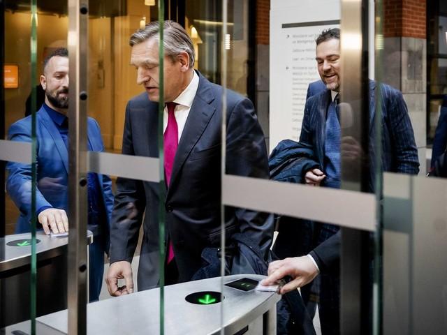 ChristenUnie doet er een schepje bovenop, VVD trekt een streep: coalitie blijft verdeeld over kinderpardon