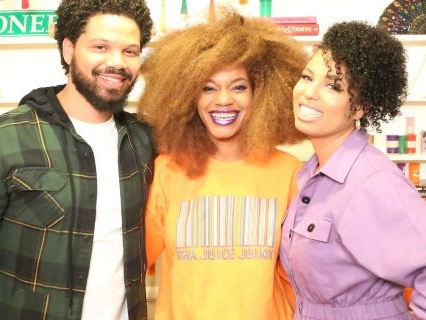 'Living By Design': The Smolletts Eat, Pray & Celebrate Memorial Day Apartment Revamping [Video]