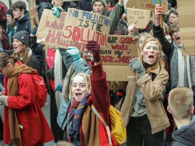 350 wetenschappers steunen scholieren die vandaag spijbelen voor het klimaat