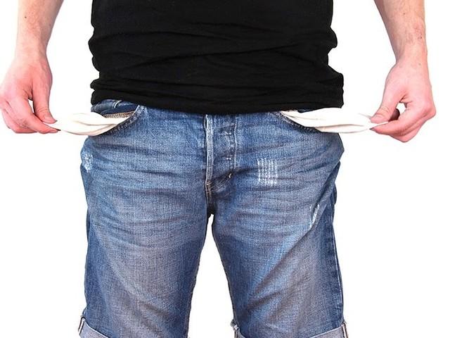 Zelfbenoemde schuldenbemiddelaar verdacht van opnemen duizenden euro's slachtoffers
