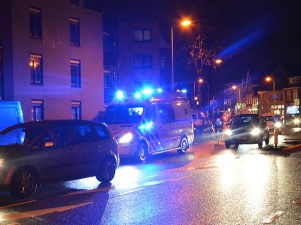Voetganger aangereden op Vechtstraat Zwolle, bestuurder doorgereden