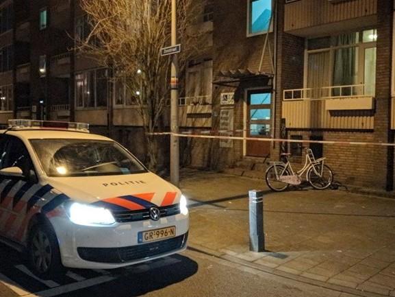 Man in Enschede door meerdere belagers mishandeld