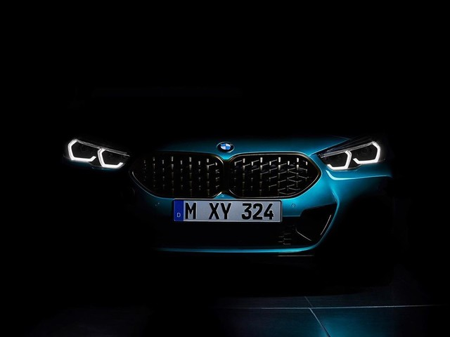 Teaser: BMW 2 Series Gran Coupe to be unveiled this week