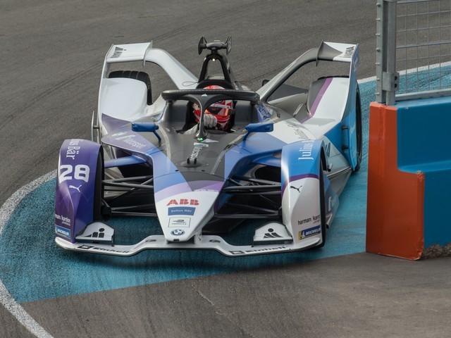 Alexander Sims wins in Diriyah to seal first Formula E victory
