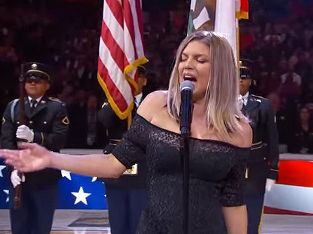 Fergie's Jazzy Rendition Of The National Anthem At The NBA All-Star Game Has Fans Scratching Their Heads ...