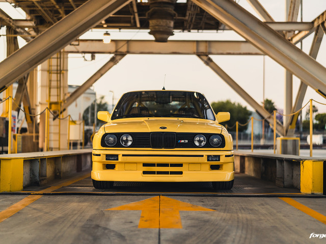 Dakar Yellow BMW E30 M3 With A Modern Touch