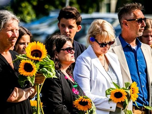 Herdenking MH17-ramp: 'Met buikpijn opgestaan, maar prettig dat we erbij waren'