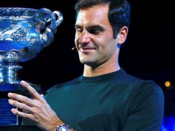 Titelhouder Federer loot Sloveen - Duits onderonsje voor Kerber