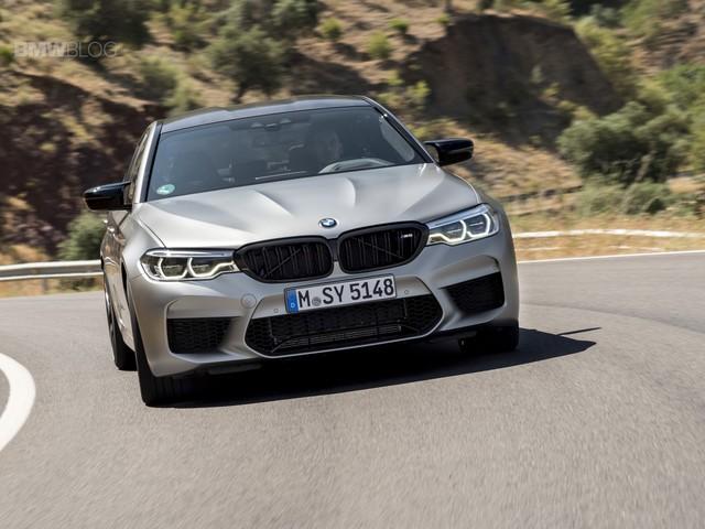 Video: BMW M5 Competition drag races Nissan GT-R