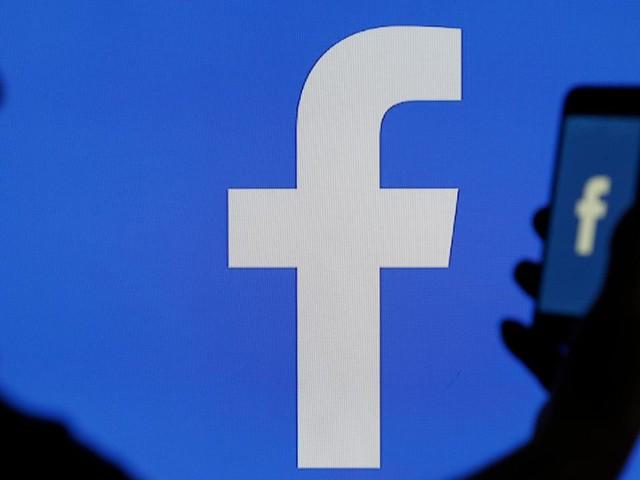 Gerichte reclame: Luistert Facebook je af?