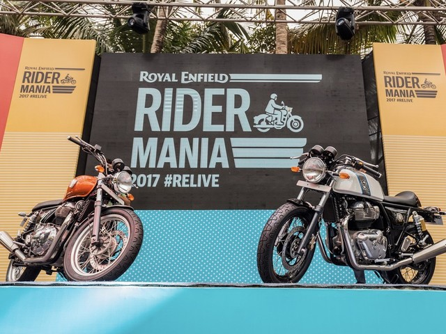 RE Interceptor INT 650 & Continental GT 650 Chrome Showcased