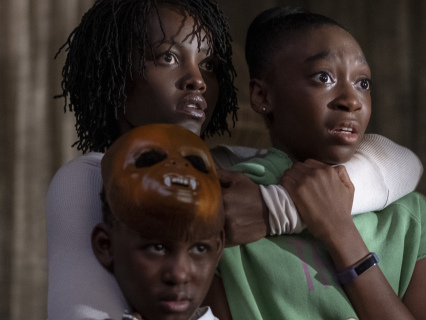 """Click At Your Own Risk: Funniest Memes From Jordan Peele's Deliciously Creepy """"Us"""" Trailer"""