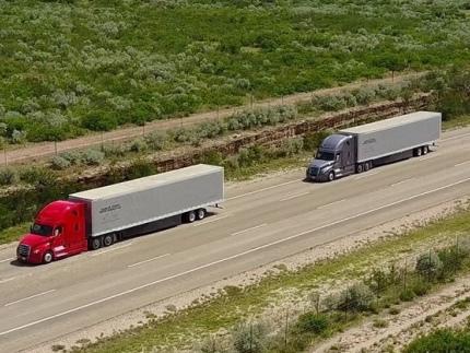 Daimler Trucks testing truck platooning on public highways in the US