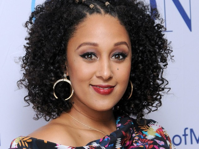 """Poor Thang: Tamera Mowry-Housley Boo Hoos — Says She Was Bullied For """"Being NICE"""""""