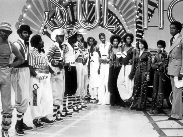 Ohhh Child: 10 Old School Soul Train Performances To Make Your Holidays Happier