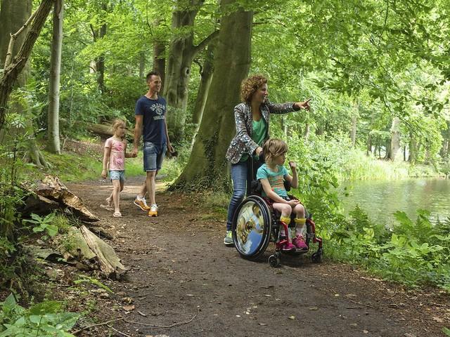 Natuurmonumenten maakt natuur toegankelijk voor mensen met beperking