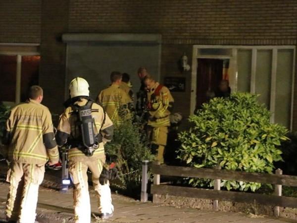 Schoorsteenbrand in Goor, brandweer komt met kapotte hoogwerker