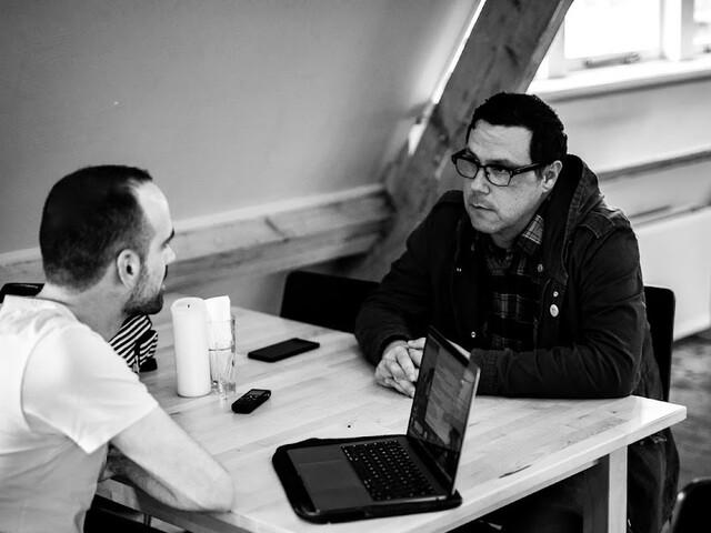 """Damien Jurado reflecteert openlijker dan ooit: """"Ik ging volledig overboord"""""""
