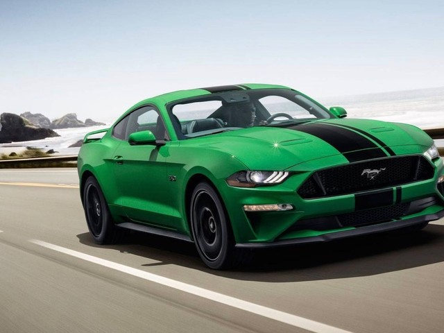 2019 Ford Mustang looks great in Need for Green