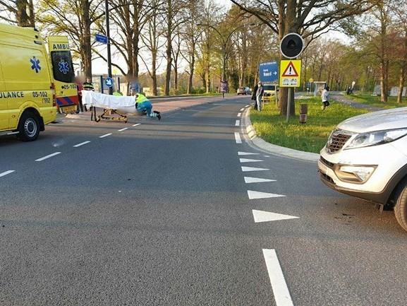 Motorrijder ernstig gewond bij aanrijding in Hengelo
