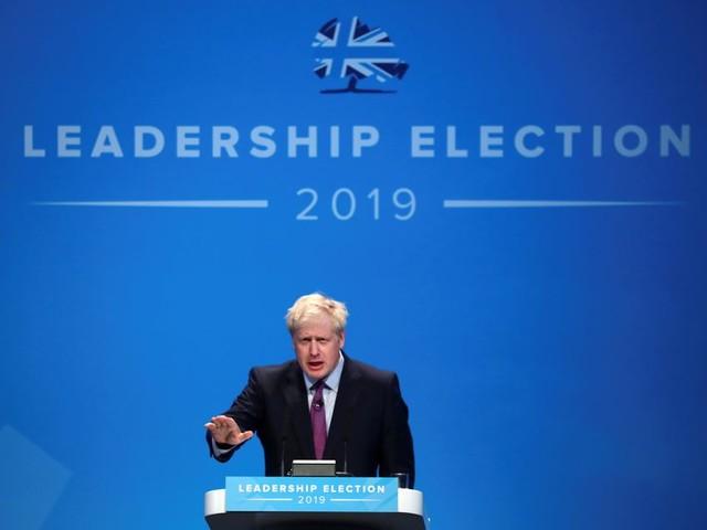 Boris Johnson in verlegenheid door huiselijke ruzie die door politie werd gesust