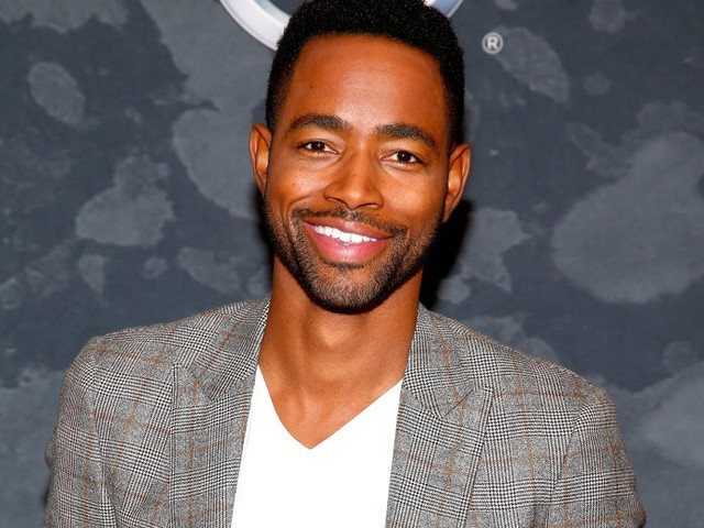 """Jay Ellis Says Shooting His Steamy Becky Threesome Scene For """"Insecure"""" Was Hella Awkward [Video]"""
