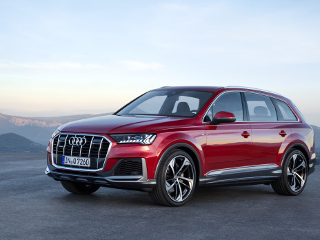 Updated Audi Q7 SUV has 48V MHEV as standard, new PHEV option