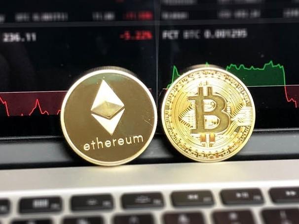 Cryptobelegger houdt vertrouwen ondanks crash