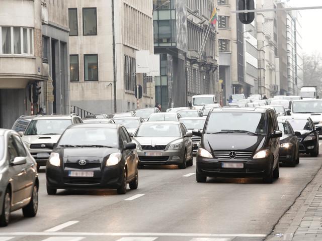 Europese autoverkopen stevig lager in juni