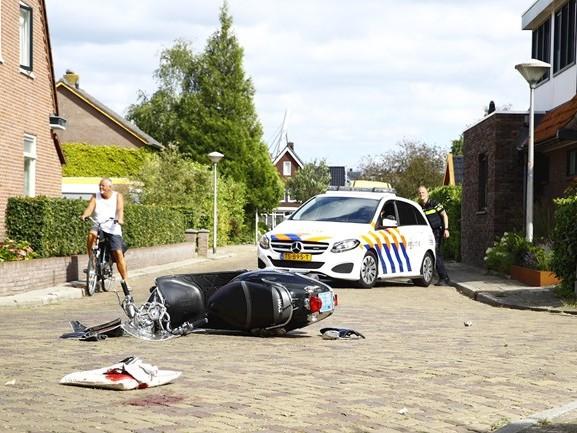 Scooterbestuurder raakt ernstig gewond bij aanrijding met auto in Zwolle