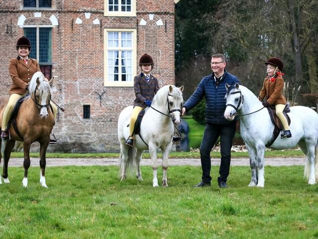 Ysselvliedt Welsh pony's lanceert digitale hengstenshow