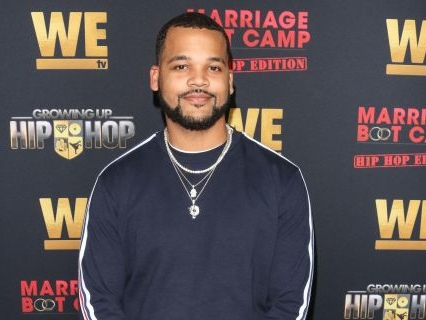 "Is Boogie Having A Baby? ""Growing Up Hip Hop"" Star Shares Surprise Seed News During Live Broadcast"