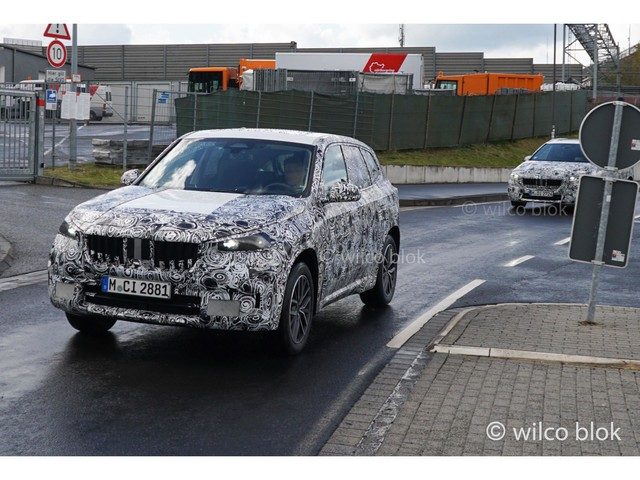 New BMW X1 returns in spy video together with quad-pipe M35i