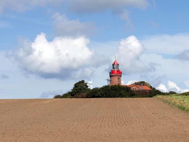 Der Leuchtturm Bastorf ist Ziel vieler Malreise an die Ostsee