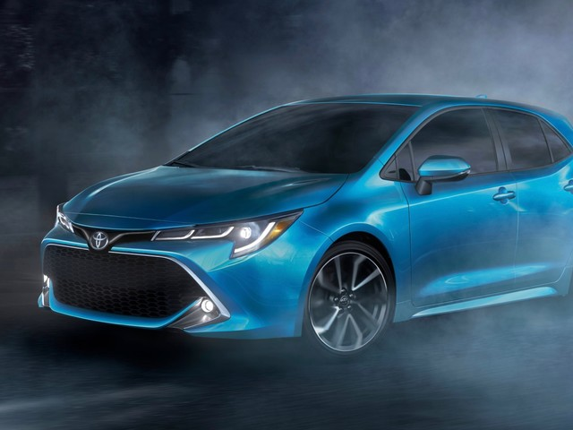 2019 Toyota Corolla Hatchback revealed ahead of its New York debut