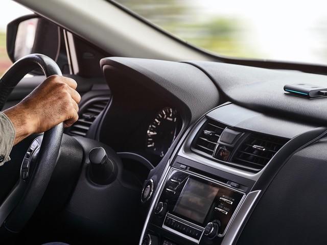 Amazon Echo Auto makes it easier to add Alexa to your car