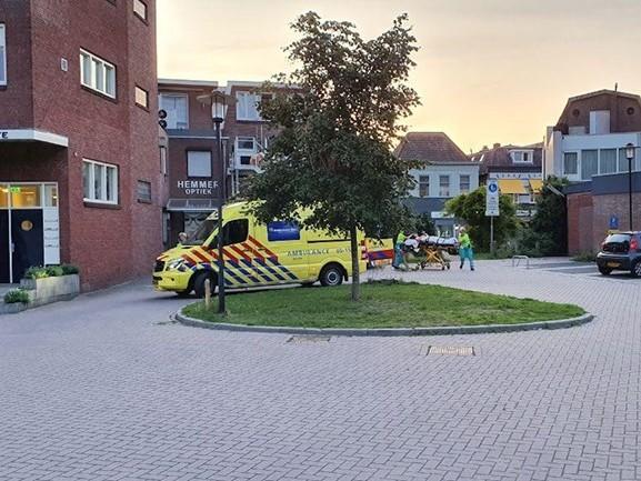 Veel politie en ambulancepersoneel op de been bij incident in Almelo