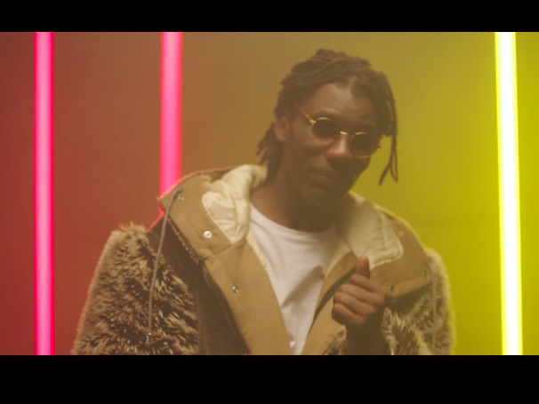 "Wretch 32 Feat. Kojo Funds & Jahlani ""Tell Me"" Video"