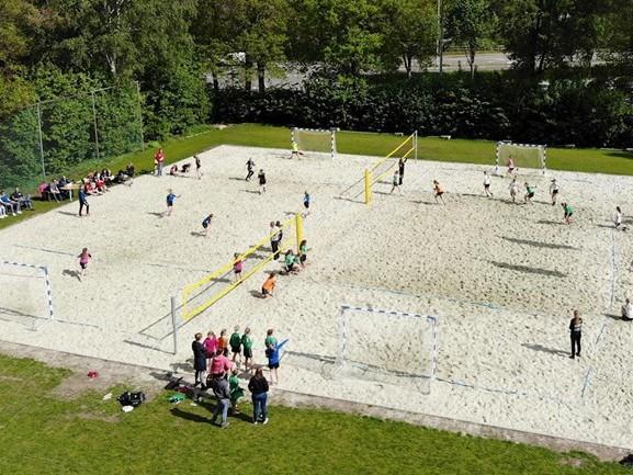 Beach Handball steeds populairder in Overijssel, vandaag opening beachveld in Hengelo
