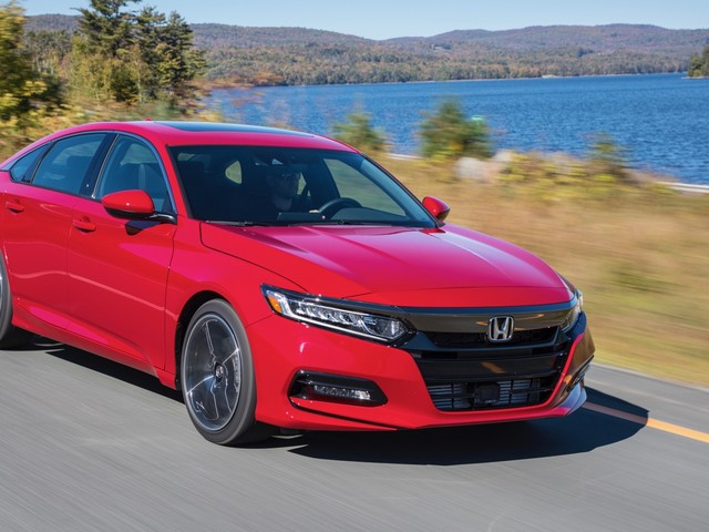 2018 Honda Accord Sport 2.0T Review: A fun midsize sedan