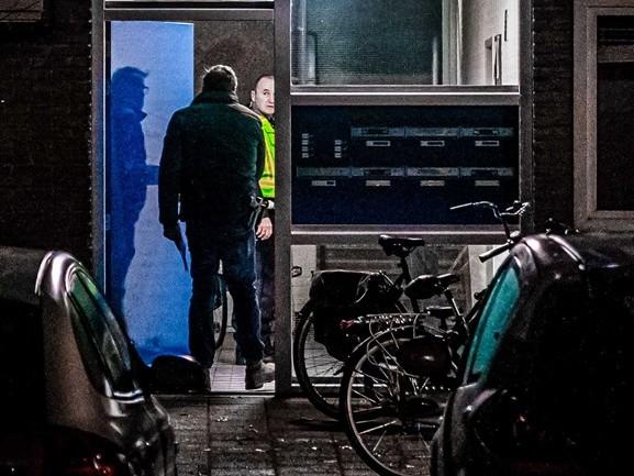 'Ik zorg er voor dat ik de deur altijd op slot doe', buurman schrikt van schietpartij in flat Best