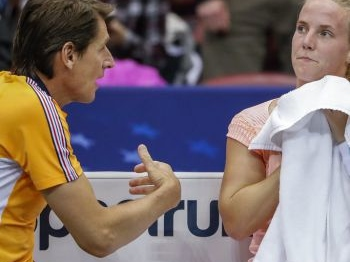 Oranje in Fed Cup onderuit tegen VS